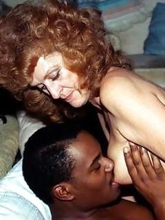 Free Interracial MILF Pics