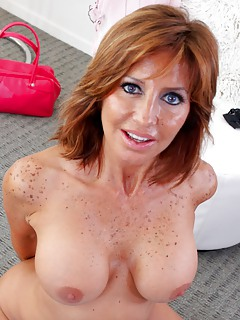 Free Redhead MILF Pics